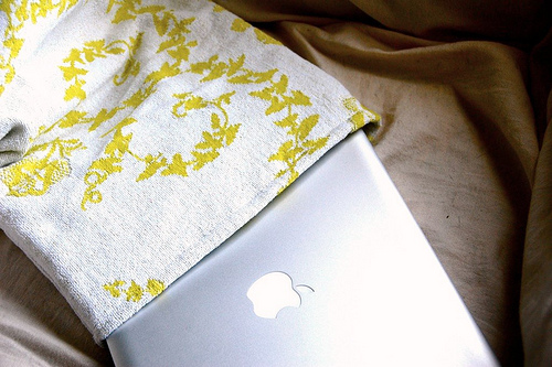 vintage towel laptop sleeve