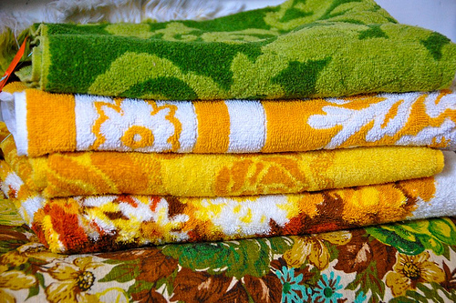 thrifted: vintage towels