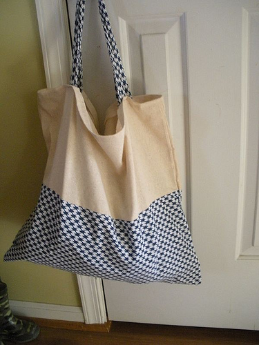 new floppy beach bag