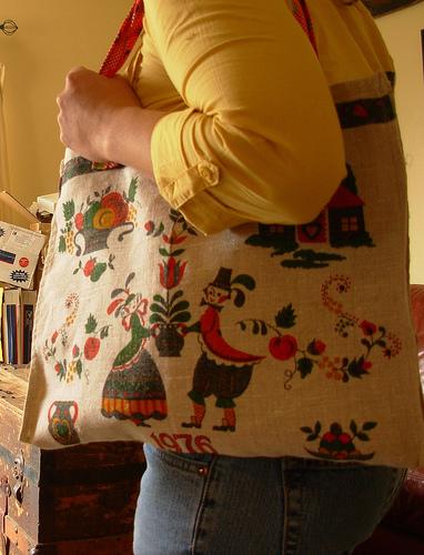 1976 linen tea towel bag